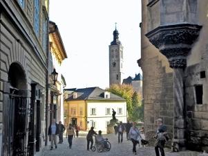 2019-10-13 Tschechien Kutná Hora Barborská (13) St. Jakboskirche + Hrádek