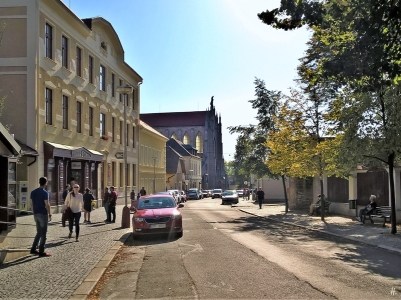 2019-10-13 Tschechien Kutná Hora, Sedlec Zámecká (2) mit Kathedrale Mariä Himmelfahrt